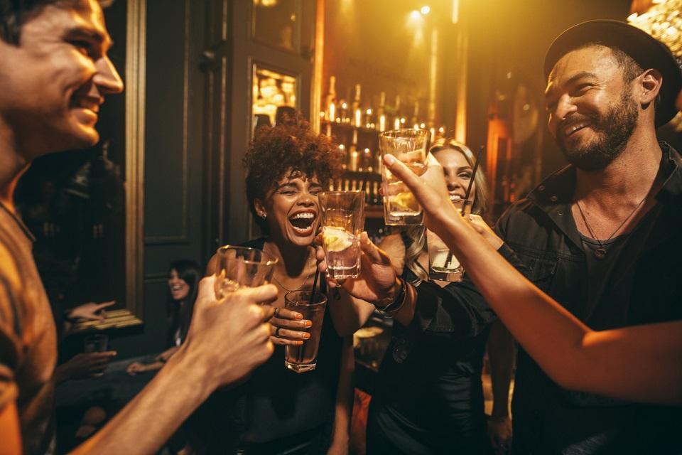 10 nomi di bar famosi nel mondo